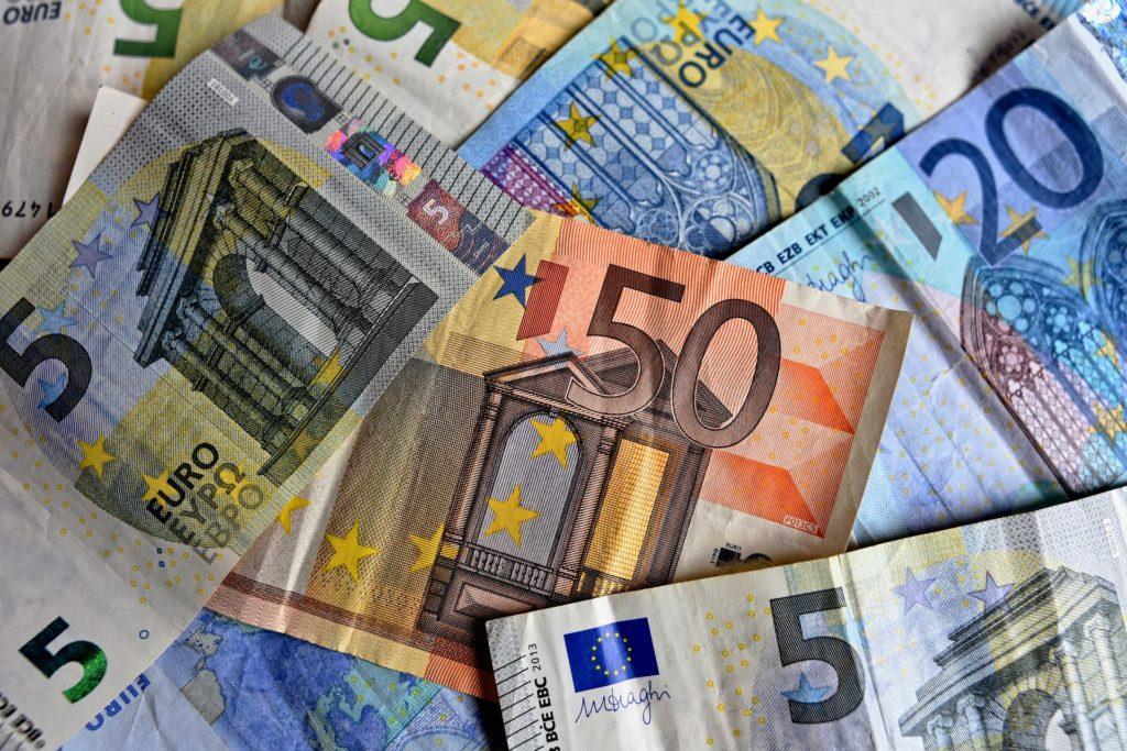 社会人留学の費用